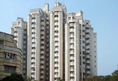 Gallery Cover Image of 325 Sq.ft 1 RK Apartment for buy in Unitech Ivory Tower, Sector 41 for 2100000