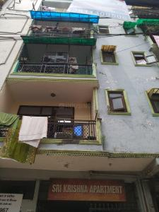 Gallery Cover Image of 501 Sq.ft 1 RK Apartment for rent in Sri Krishna Apartment, Mehrauli for 8000