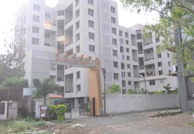 Gallery Cover Image of 1800 Sq.ft 3 BHK Apartment for buy in Kohinoor Towers, Pimpri for 14000000