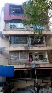 Gallery Cover Image of 2500 Sq.ft 4 BHK Apartment for buy in Sukh Shanti Apartment, Juhu for 85000000