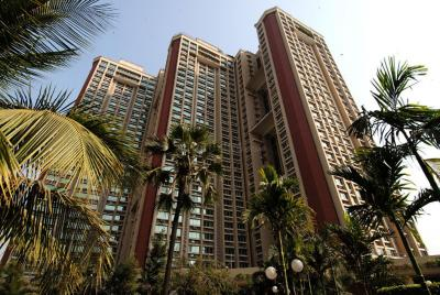 Gallery Cover Image of 1295 Sq.ft 3 BHK Apartment for buy in Oberoi Oberoi Gardens, Kandivali East for 33000000