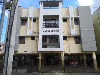 Gallery Cover Image of 850 Sq.ft 1 BHK Apartment for rent in Mahalakshmi Mahalakshmi Flats 3, Thoraipakkam for 15000