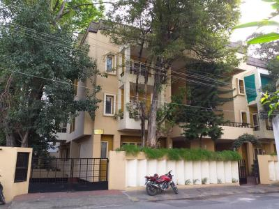 Gallery Cover Image of 750 Sq.ft 2 BHK Independent Floor for rent in Shanthi Gruha Apartments, Shanti Nagar for 15000