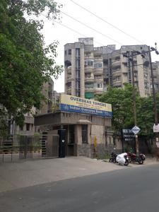 Gallery Cover Image of 700 Sq.ft 1 BHK Apartment for rent in Overseas Towers, Sector 62 for 11000