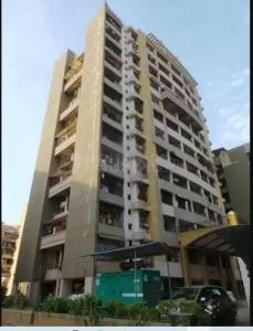 Gallery Cover Image of 1050 Sq.ft 2 BHK Apartment for buy in Wadhwa Meadows, Kalyan West for 8700000