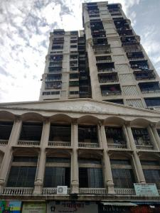 Gallery Cover Image of 1300 Sq.ft 3 BHK Apartment for rent in Parasmani Tower, Dadar East for 95000