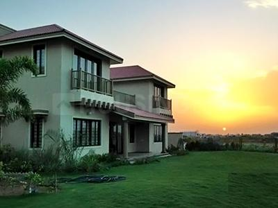 Gallery Cover Image of 3600 Sq.ft 5 BHK Independent House for rent in Navratna Kalhaar Blues and Greens, Sanand for 100000