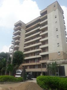 Gallery Cover Image of 1750 Sq.ft 3 BHK Apartment for rent in The Landmark CGHS Ltd, Sector 51 for 30000