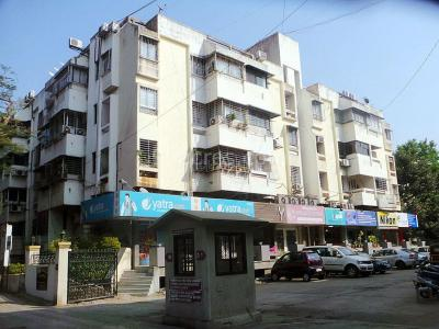 Gallery Cover Image of 550 Sq.ft 1 BHK Apartment for rent in Geras Gardens, Koregaon Park for 25000