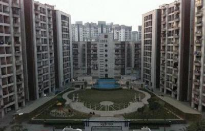 Gallery Cover Image of 515 Sq.ft 2 BHK Apartment for rent in India Moon City, Ahinsa Khand for 11000