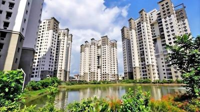 Gallery Cover Image of 1435 Sq.ft 3 BHK Apartment for rent in City South, Paschim Putiary for 36000