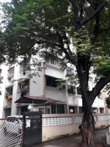 Gallery Cover Image of 850 Sq.ft 2 BHK Apartment for buy in Basera Building, Vashi for 25000000