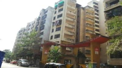 Gallery Cover Image of 500 Sq.ft 1 BHK Apartment for rent in RNA NG Suncity Phase II, Kandivali East for 18000