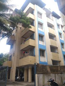 Gallery Cover Image of 657 Sq.ft 1 BHK Apartment for rent in Vidhyadhan Apartment, Dhankawadi for 9000