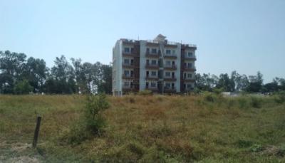 Gallery Cover Pic of Ritu 11th Mile Garden City