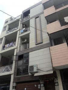 Gallery Cover Image of 500 Sq.ft 1 BHK Independent Floor for rent in RWA Lajpat Nagar Block E, Lajpat Nagar for 18000
