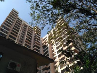 Gallery Cover Image of 1024 Sq.ft 2 BHK Apartment for buy in Samarth Deep , Andheri West for 29500000