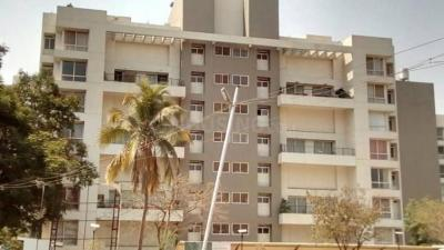 Gallery Cover Image of 3825 Sq.ft 3 BHK Apartment for buy in Marvel Ritz, Hadapsar for 30000000