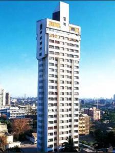 Gallery Cover Image of 1500 Sq.ft 3 BHK Apartment for rent in Kalpataru Antariksha, Prabhadevi for 165000