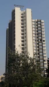 Gallery Cover Image of 1500 Sq.ft 3 BHK Apartment for rent in Pinnacle, Borivali East for 40000