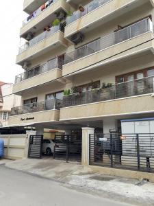 RK Pearl Apartments
