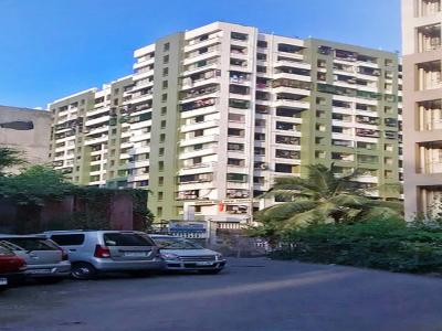 Gallery Cover Image of 595 Sq.ft 1 BHK Apartment for rent in Dheeraj Hill View Tower, Borivali East for 21000