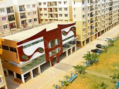 Gallery Cover Image of 905 Sq.ft 2 BHK Apartment for rent in Shriram Surabhi, Mallasandra for 12000