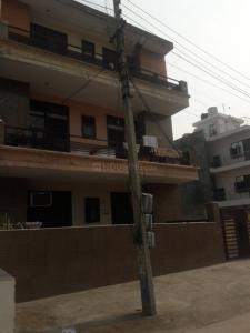 Gallery Cover Image of 1500 Sq.ft 3 BHK Independent Floor for buy in Royal AK Floors 3 Greenfield Colony, Sector 43 for 6500000