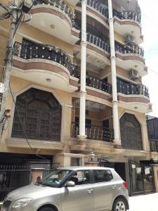 Gallery Cover Image of 1500 Sq.ft 3 BHK Apartment for rent in Frazer Apartments, Frazer Town for 38000