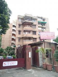 Gallery Cover Image of 900 Sq.ft 2 BHK Apartment for buy in Gurunanak Apartments, Pitampura for 14000000