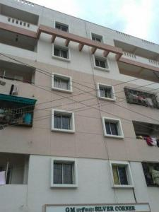 Gallery Cover Image of 1150 Sq.ft 2 BHK Apartment for rent in GM Silver Corner, Hebbal for 15000