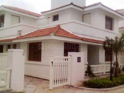 Gallery Cover Image of 3200 Sq.ft 4 BHK Independent House for rent in Shree Egret Park, Thoraipakkam for 50000