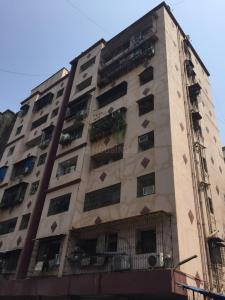 Gallery Cover Image of 1400 Sq.ft 3 BHK Apartment for rent in Krypton Twin Tower Building B Wing II, Parel for 85000