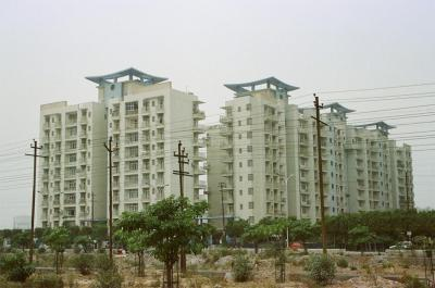 Gallery Cover Image of 1435 Sq.ft 3 BHK Apartment for buy in Mahagun Maestro, Sector 50 for 8500000