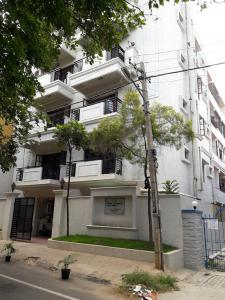 Gallery Cover Image of 2500 Sq.ft 3 BHK Apartment for rent in Sims Legacy, Kalyan Nagar for 35000