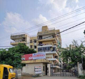 Gallery Cover Image of 1000 Sq.ft 2 BHK Apartment for rent in Geeta Niwas Society, Sector 48 for 10000