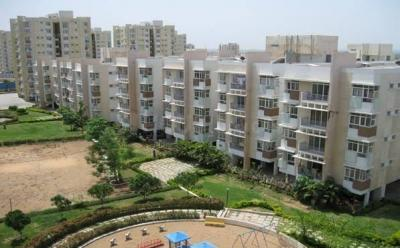 Gallery Cover Image of 1450 Sq.ft 3 BHK Apartment for buy in APHB Singapore Township, Pocharam for 5000000
