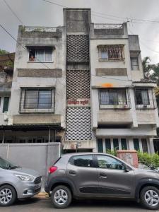 Gallery Cover Image of 920 Sq.ft 2 BHK Apartment for buy in Dinkar Smruti Apartment, Shivaji Nagar for 8500000
