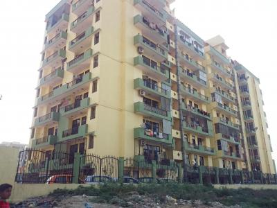 Gallery Cover Image of 1708 Sq.ft 3 BHK Apartment for rent in Himalaya Tower, Kinauni Village for 16000