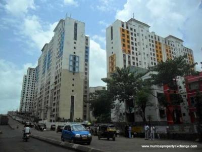 Gallery Cover Image of 721 Sq.ft 1 BHK Apartment for buy in Mantri Park, Goregaon East for 8500000