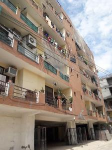 Gallery Cover Image of 1200 Sq.ft 2 BHK Apartment for buy in RK Residency, Vanam Thopu for 3960000