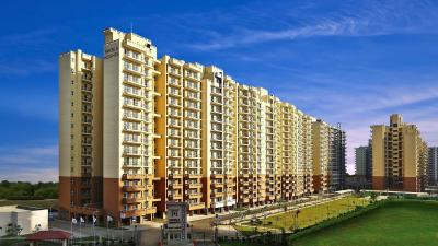 Gallery Cover Image of 1720 Sq.ft 3 BHK Apartment for buy in Piedmont Taksila Heights, Sector 37C for 8300000