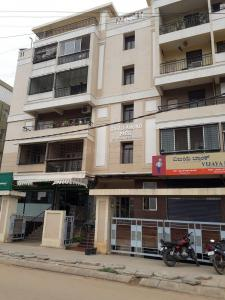 Gallery Cover Image of 1245 Sq.ft 2 BHK Apartment for rent in GNR Diamond Park, Horamavu for 20000