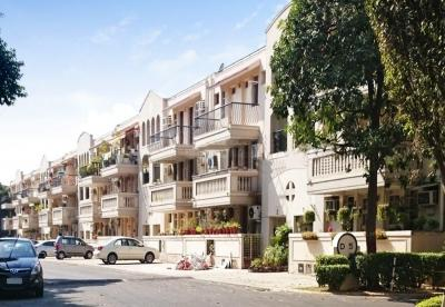 Gallery Cover Image of 2000 Sq.ft 3 BHK Independent Floor for rent in DLF Exclusive Floors, Sector 54 for 30000