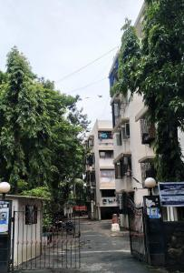 Gallery Cover Image of 550 Sq.ft 1 BHK Apartment for rent in Blue Moon Apartments, Andheri East for 24000
