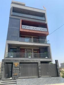 Modi Luxurious 3 BHK Builder Floor