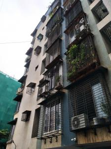 Gallery Cover Image of 225 Sq.ft 1 RK Apartment for rent in Bindra Complex, Andheri East for 14500