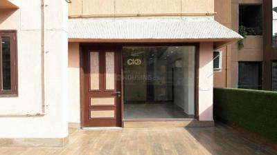 Gallery Cover Image of 2400 Sq.ft 4 BHK Apartment for rent in Gulati Lords Apartment, Sector 19 Dwarka for 33000