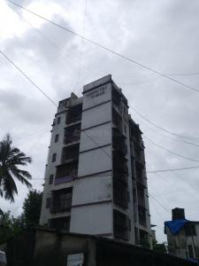 Gallery Cover Image of 1024 Sq.ft 2 BHK Apartment for rent in Crescent Tower, Santacruz East for 45000