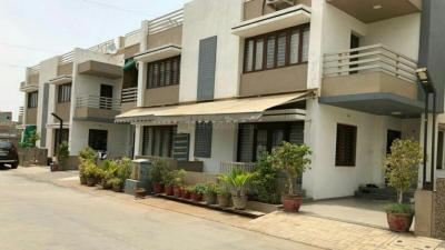 Gallery Cover Image of 2700 Sq.ft 4 BHK Villa for rent in Nilkanth Greens, Vastral for 20000